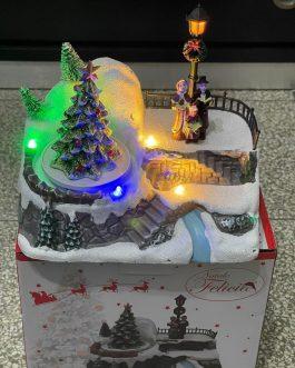 Disponibile giostra per  paesaggio con lampione LED Natale misura 18*13*16cm